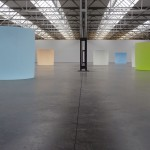 Roni Horn: Installation with glass-sculptural objects. De Pont Museum Tilburg, The Netherlands